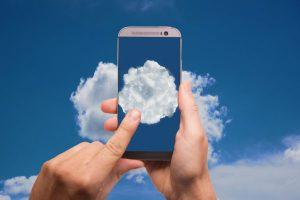 cloud-2537777_1920-600x400